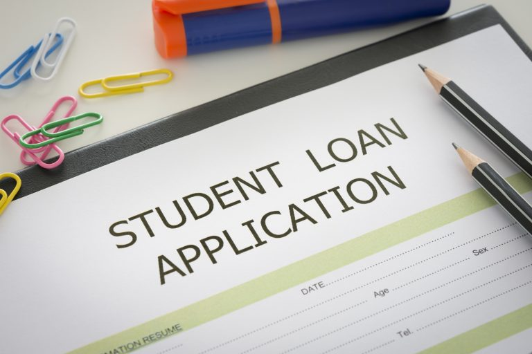 Anyone Can Navigate Student Loans Easily With This Advice